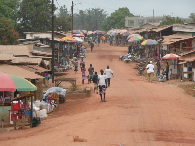 A typical dusty street in Liberia