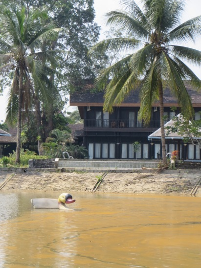 Luxury villa for rent  with views of lake. Any reasonable offer taken