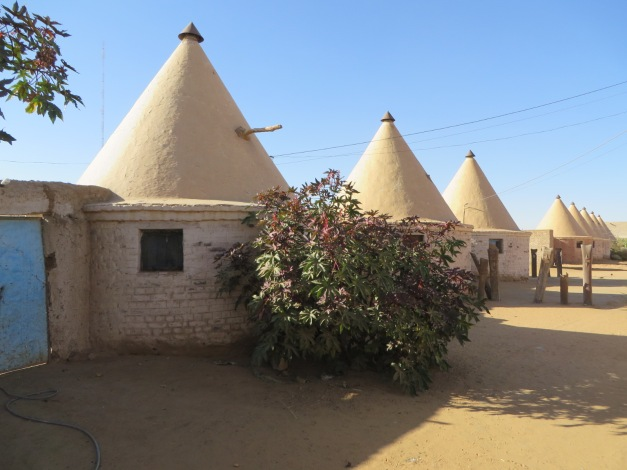 Railway cottages, Sudan style